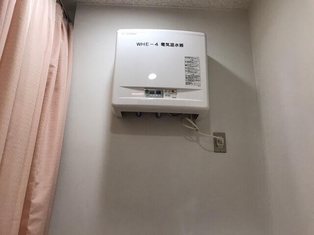 西武ドーム授乳室内の給湯器